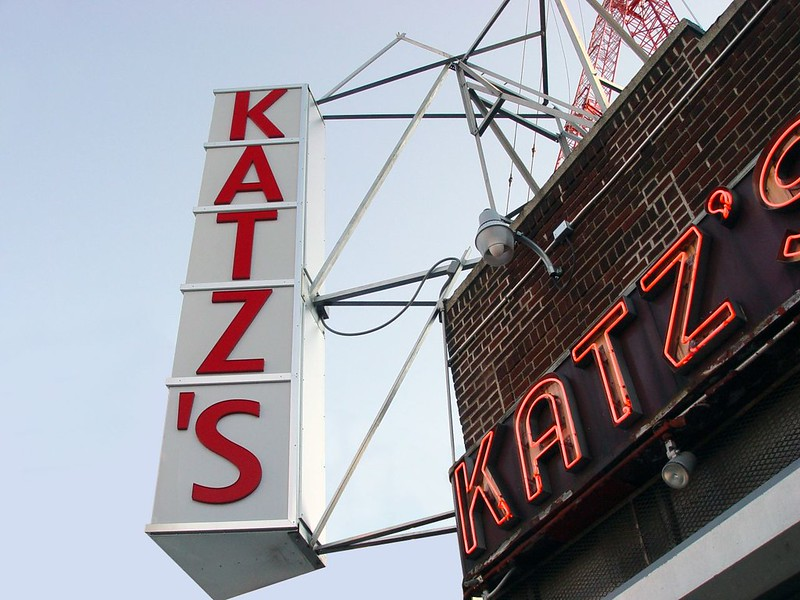 fachada Kat'z