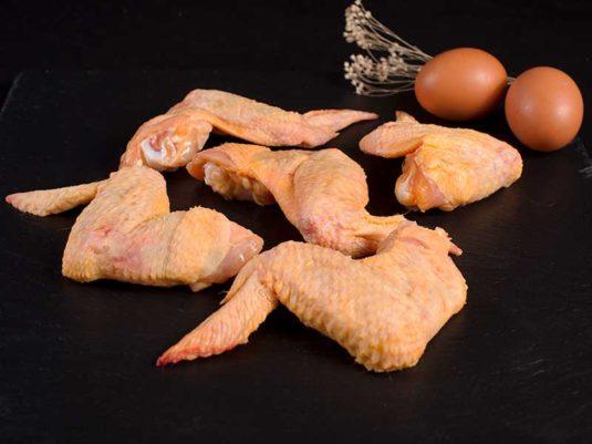 Alas de pollo de campo