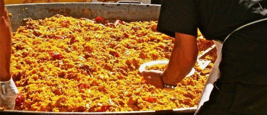 Fiestas populares de verano donde comer buena carne
