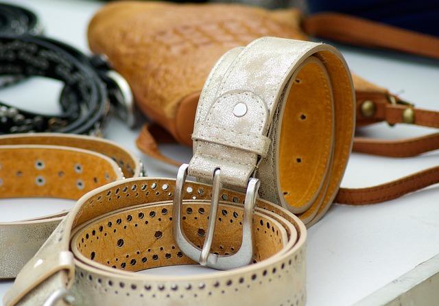 usos de las pieles - cinturones y marroquinería