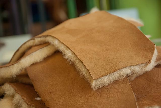 usos de las pieles - de oveja con lana