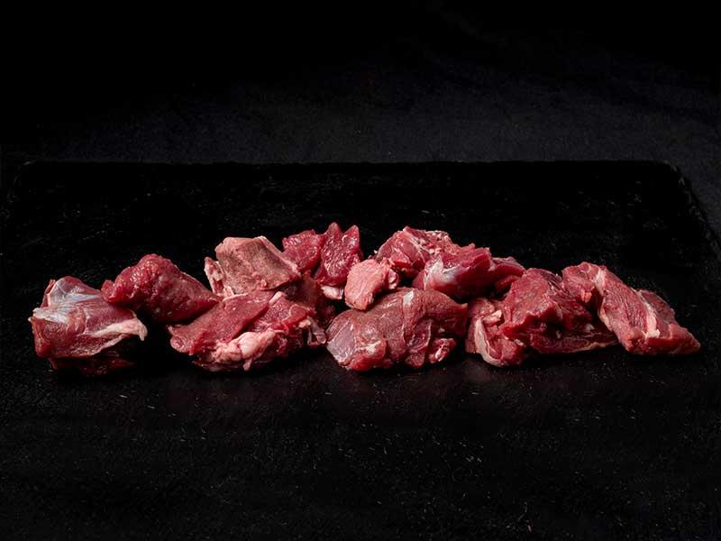 Ragú de jabalí carne roja