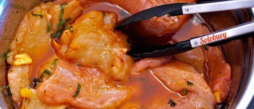 Adobar carne roja y carne blanca para barbacoa + 8 soluciones deliciosas